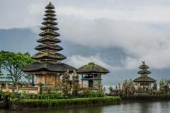 Beratan temple - Bali Lake - One day tour to explore Bali