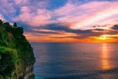 Uluwatu temple - attactive place you must visit in Bali