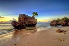 padang-padang beach tour - enjoy the beautiful sunset and rocky beach